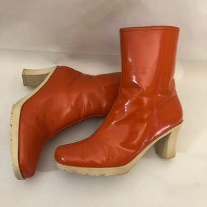 Banana republic orange boots size 8 womens